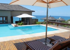 Blue Footprints Eco Lodge Pool View