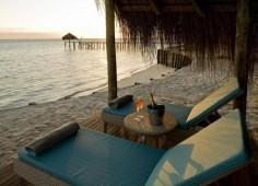 Dugong Beach Lodge Sunbeds