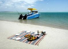 Dugong Beach Lodge Beach Picnic