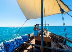 Dhow Cruising Ibo Island Lodge