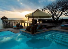 Dugong Beach Lodge Pool & Jetty