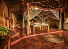 Nkwichi Lodge Kakoa Chalet