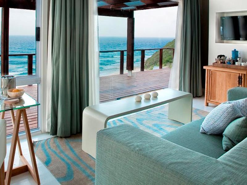 White Pearl Resort Suite