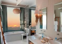 White Pearl Resort Guest Bathroom