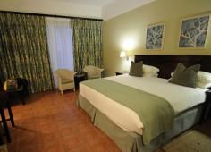 Hotel Cardoso Bed