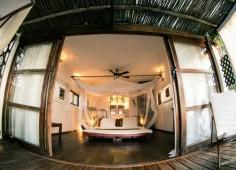 Baia Sonambula Front View of Bedroom