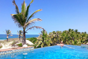 Travessia Beach Lodge Mozambique Pool
